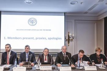 Prezident ÚAMK Oldřich Vaníček opět viceprezidentem Mezinárodní turistické aliance AIT