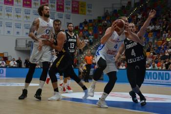 Ovlivní odložení OH termín evropského šampionátu basketbalistů v Praze?